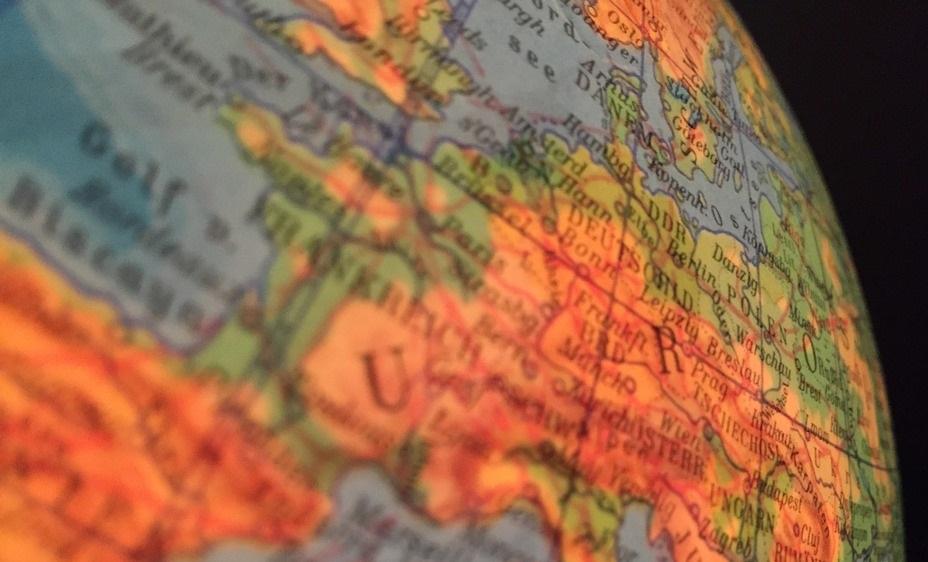 ile krajów w unii eurpejskiej - jak się rozszerzała